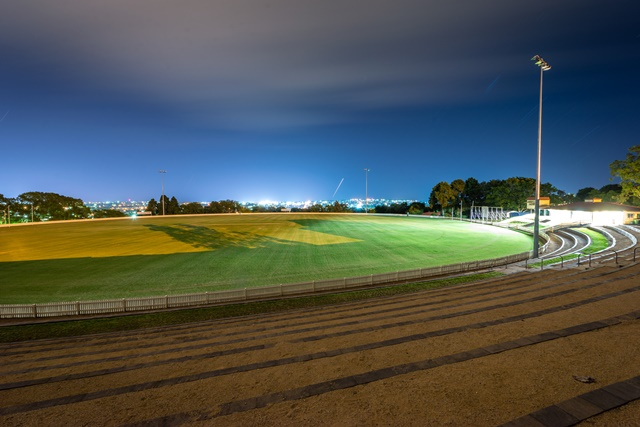 Southern Cross (Heritage Oval) - Harlaxton